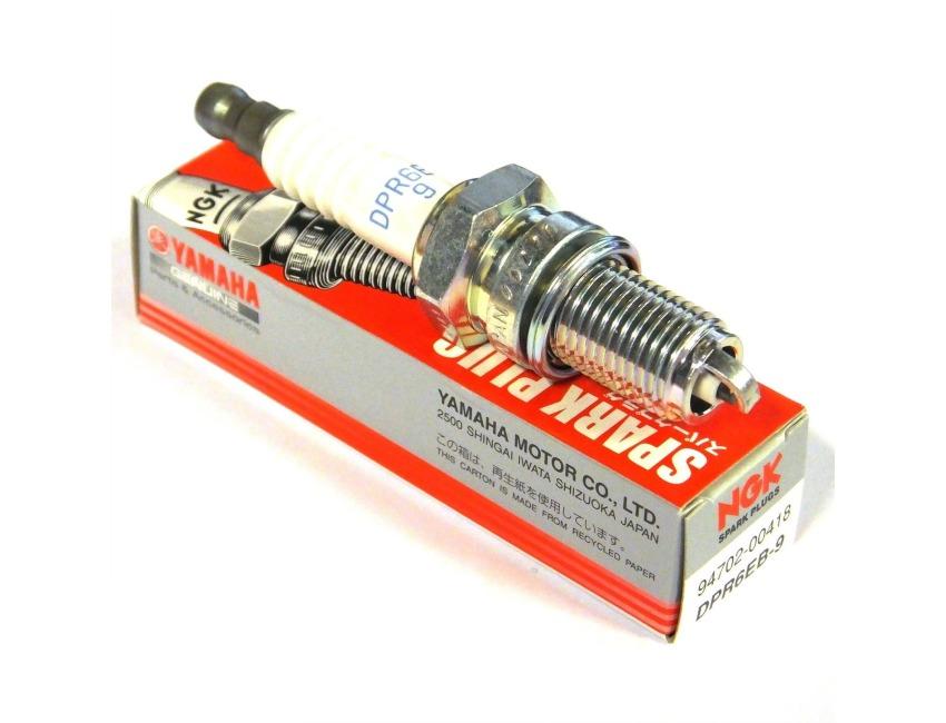 Genuine YAMAHA Spark Plug F9 9H F20B F40F - 94702-00418 - DPR6EB-9 - NGK